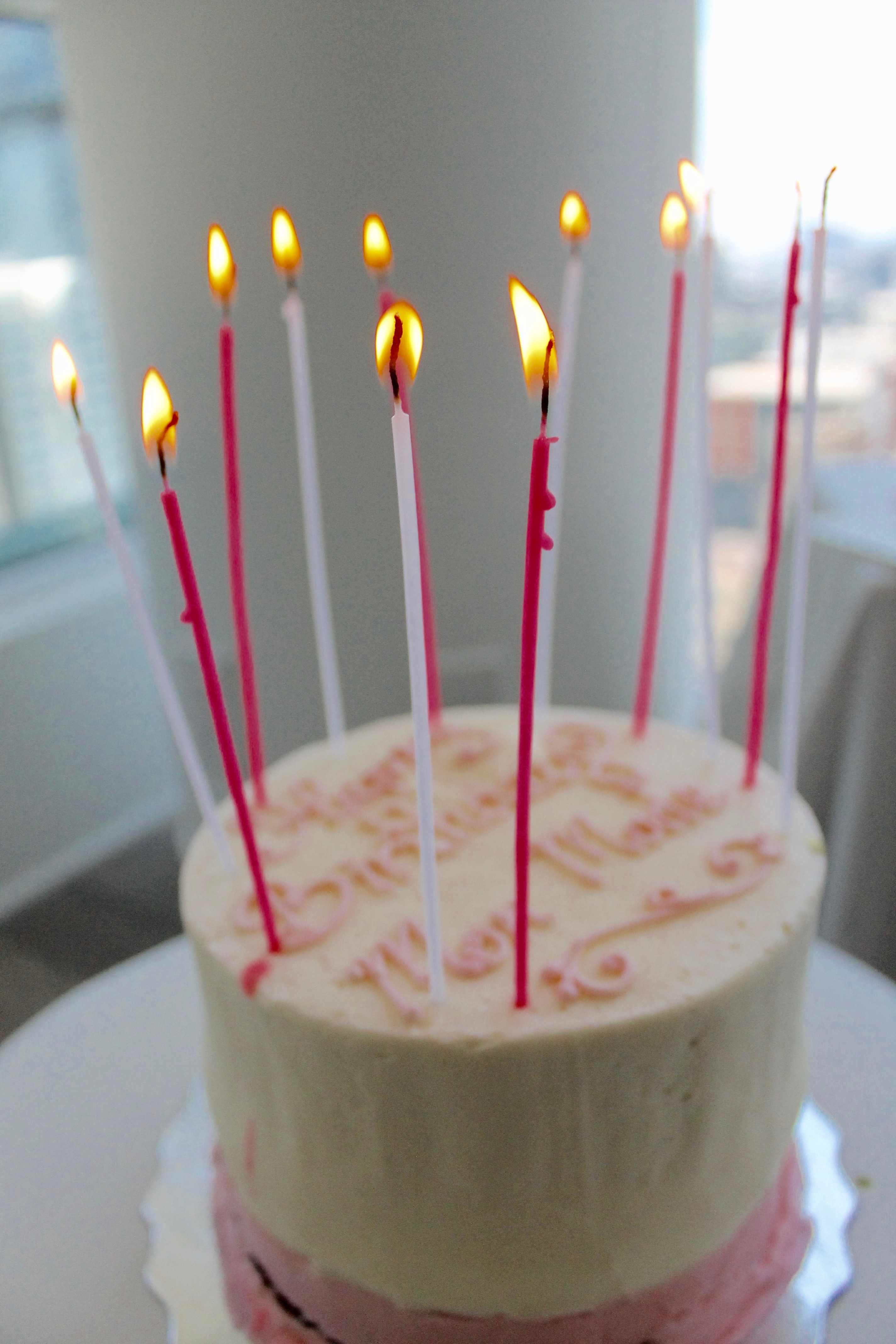 ENDOXIST | Menswear Blogger | Surprising Your Wife | Birthdays & Celebrations | Birthday Cake